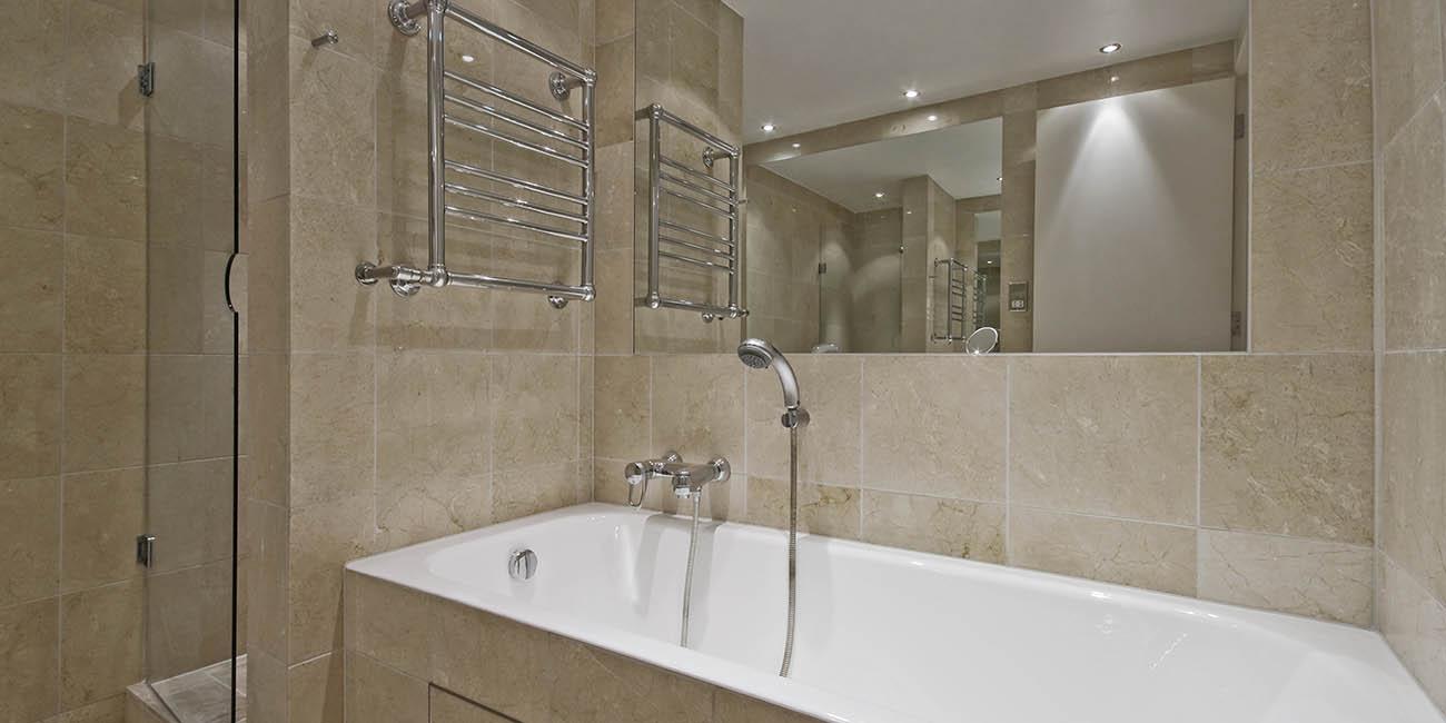 Mámparas y espejos de baño